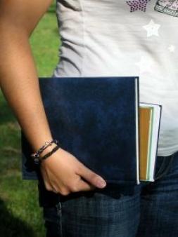奨学金を無担保借入に・・・カードローン審査に落ちる原因になるの?
